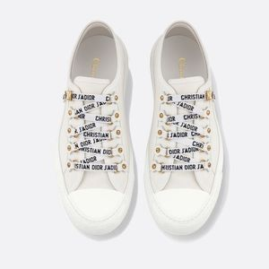 DIOR White Canvas Low Top Walk'N'Dior Sneakers US8